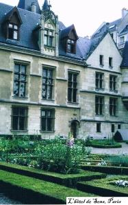 Ch2-L'hôtel deSens, Paris